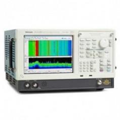 Analyseur de spectre 9 kHz - 6.2 GHz : RSA6106B