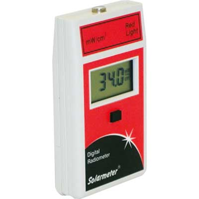 Radiom�tre Lumi�re rouge int�gr� : Solarmeter Model 9.6