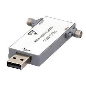 Amplificateurs à large bande contrôlés par USB : Série PE15A39xx