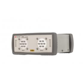 Commutateur coaxial USB DC-26,5 GHz SP6T : U1816A / U1816C