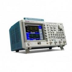 Générateur de fonctions / signaux arbitraires 100 MHz : AFG3101C