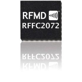 Convertisseur de fréquence reconfigurable avec un synthétiseur 30 MHz à 2700 MHz : RFFC2072