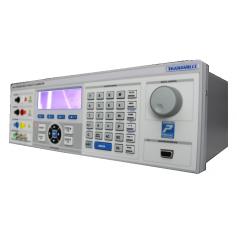 Calibrateur de précision multi-fonctions 30 A 10 MHz : Série 3000A