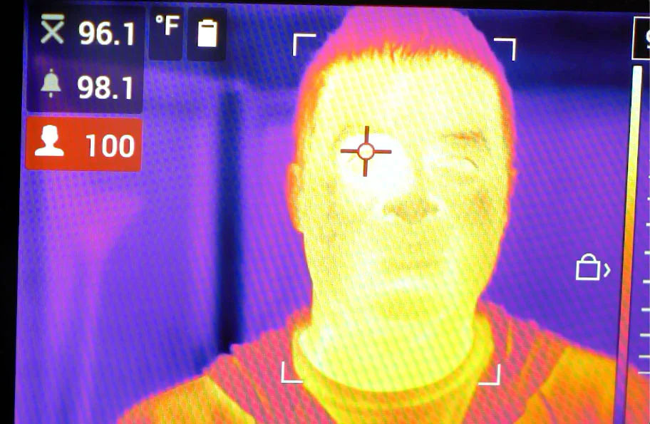 Analyse de la température pour coronavirus via une caméra thermique FLIR